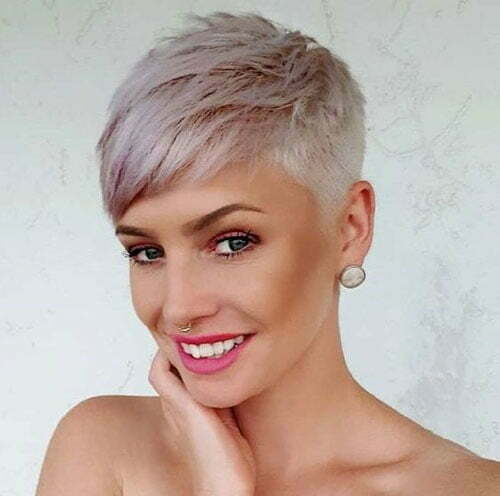 Short Fine Straight Blonde Haircuts-23