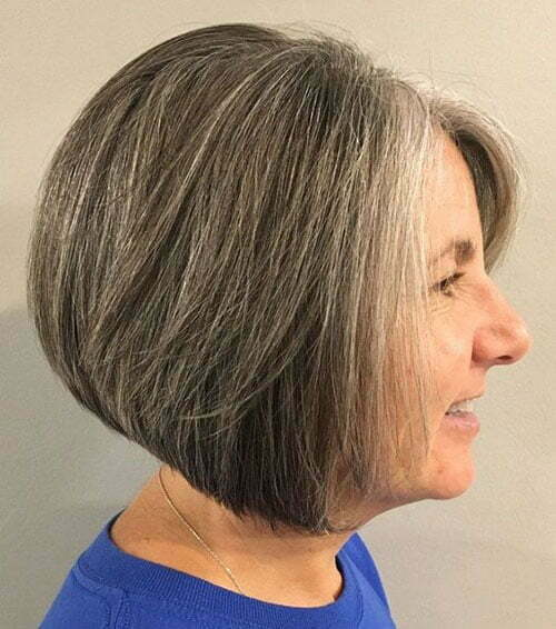 Leichte Kurzhaarschnitte für ältere Frauen-7