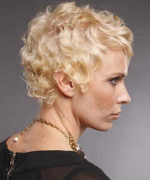 Kurze lockige blonde Frisuren-7