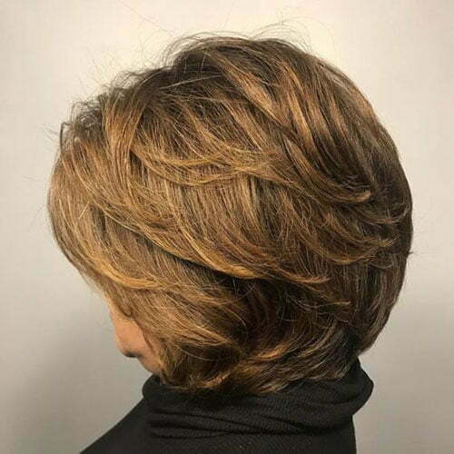 Layered Short Haircuts für ältere Frauen-8