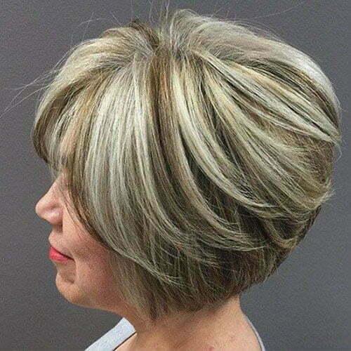 Blonde Kurzhaarschnitte für ältere Frauen-9