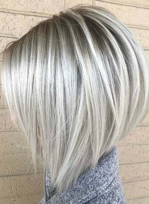Short Straight Platinum Blonde Haircuts-9