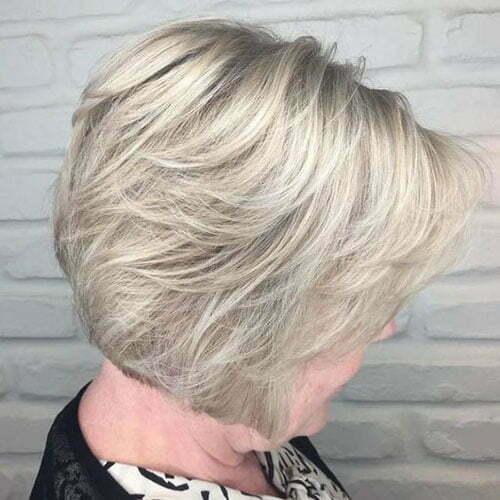 Kurze Bob-Frisuren für ältere Frauen