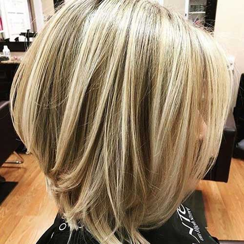 Short Balayage Haircuts for Women Over 40-15