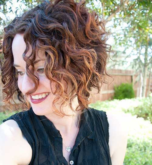 Cute Short Curly Tapered Hairstyles-16