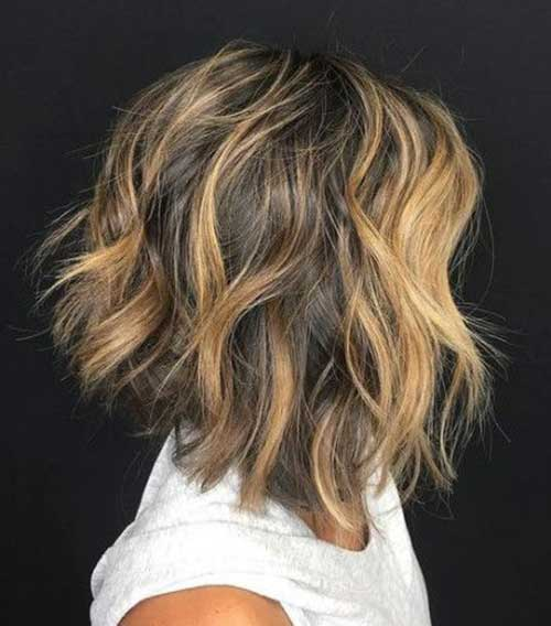 Messy Short Haircuts for Wavy Hair-16