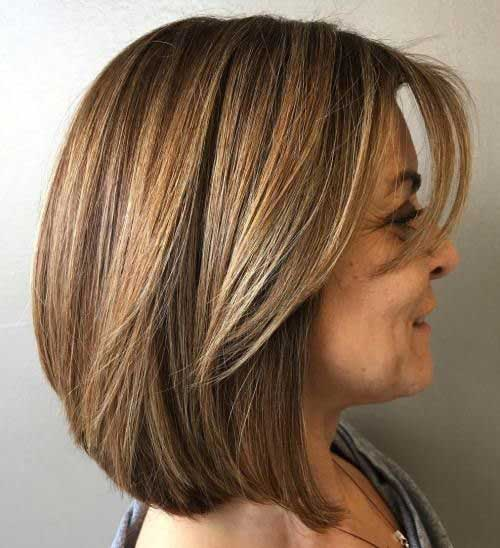 Short Layered Haircuts for Women Over 40-16