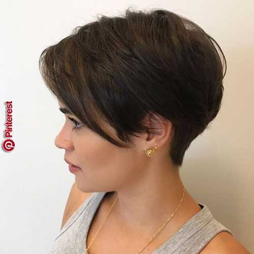 Simple Short Pixie Haircuts-22
