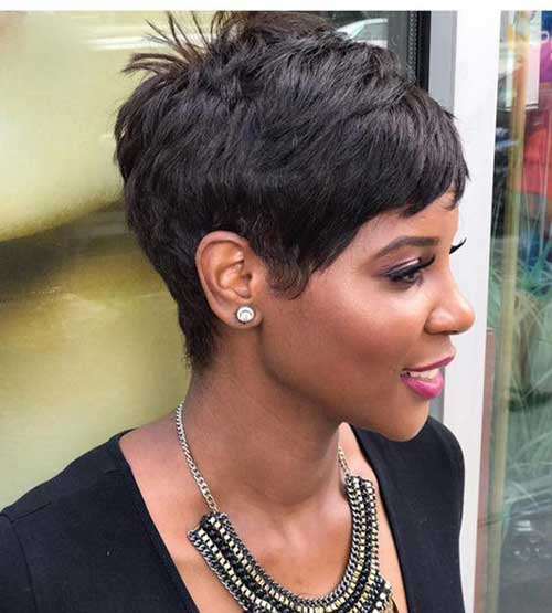 Pixie Haircuts for Black Women-25
