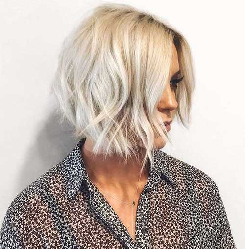 Short Platinum Blonde Hairstyles for Thin Hair-25