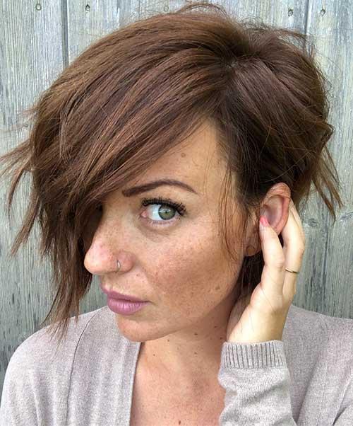 Nette einfache Frisuren für kurzes Haar