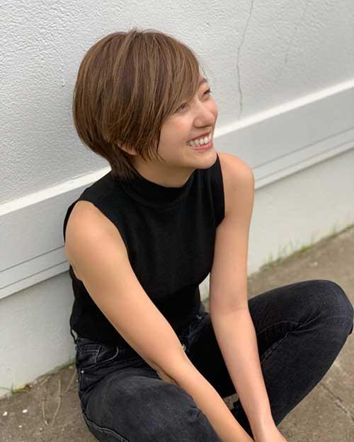 Süße kurze Frisuren für Mädchen