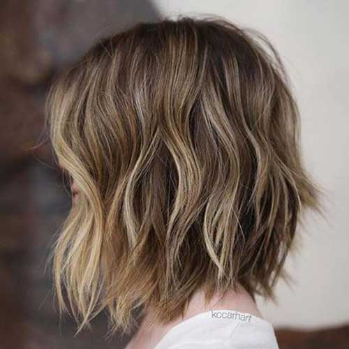 Short Haircuts for Brown Wavy Hair-6