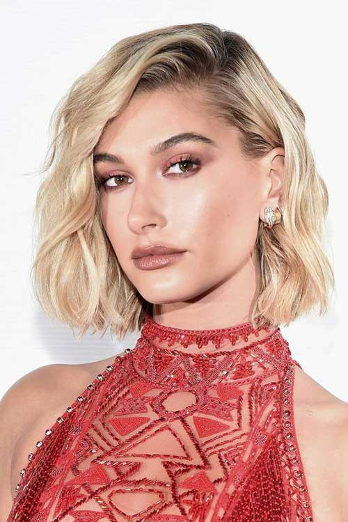 Hailey Baldwin Short Bob Hair-7