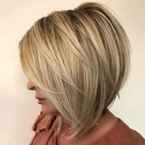 Short Hairstyles for Ladies Over 40