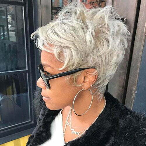 Blonde Pixie Hairstyles-12
