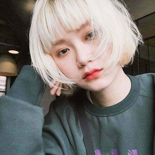 Hairstyles for Short Blonde Hair with Bangs-14