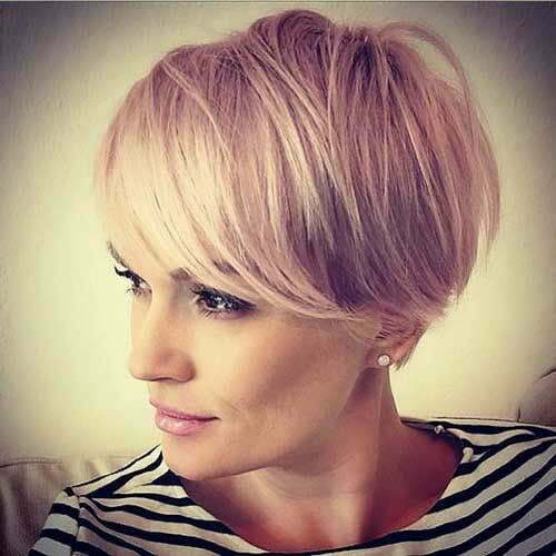 Pixie Hairstyles for Short Hair with Bangs-19
