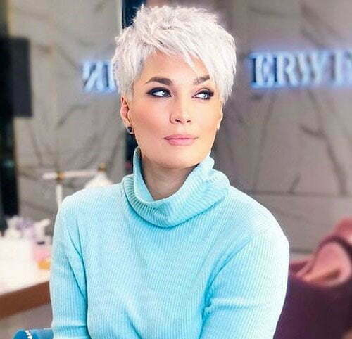 Pixie Haircuts for Women Over 50-21