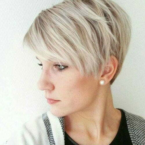 Thin Pixie Haircuts for Women-23