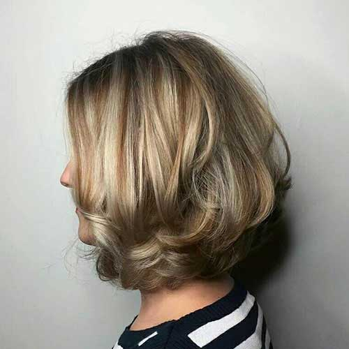 Short Layered Hairstyles For Mature Women