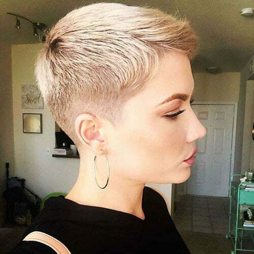 Blonde Pixie Hairstyles-9