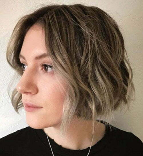 Short Bob Haircuts for Women-9