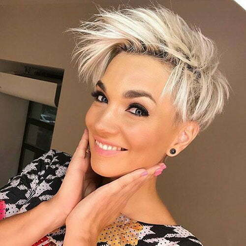 Cute Edgy Pixie Haircuts-11
