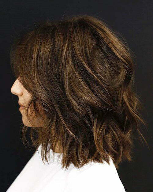 Short Haircuts for Women with Thick Hair with Highlights-11