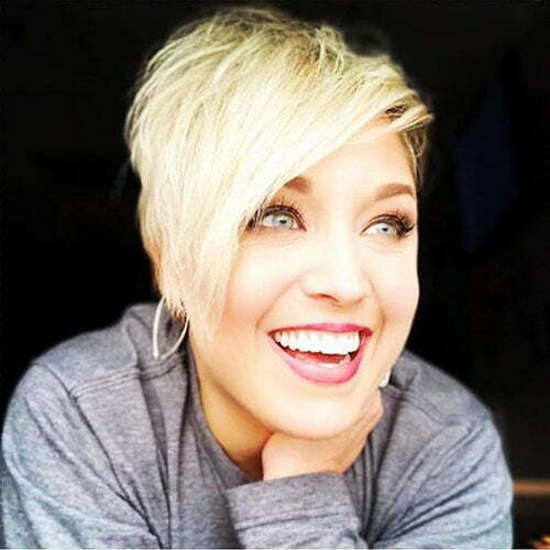 Asymmetrical Short Pixie Cuts for Round Faces-13