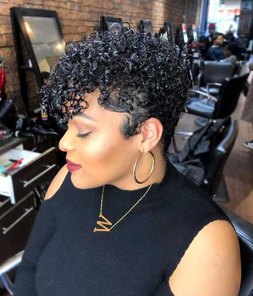 Short Haircuts for African American Women-14