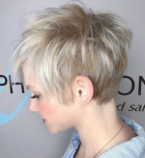 Short Choppy Layered Hair-20