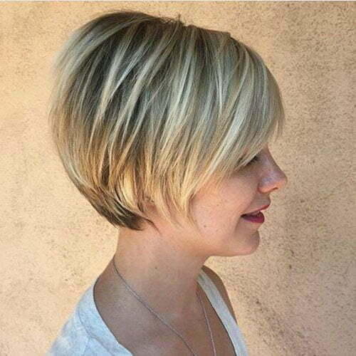 Cute Short Stacked Bob Haircuts-8