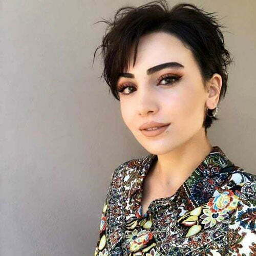 Cute Short Pixie Cuts for Round Faces-9