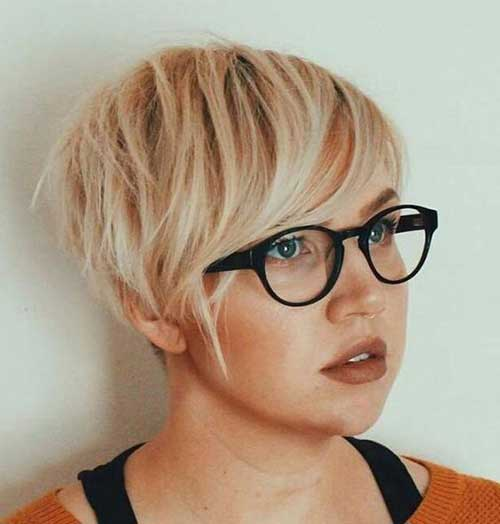 Cute Short Haircuts for Fine Hair-11