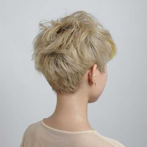 Short Layered Pixie Haircuts-14