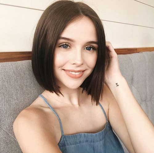 Cute Short Haircuts for Fine Hair-17
