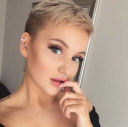 Cute Short Haircuts for Fine Hair-6