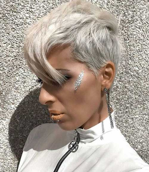 Short Layered Pixie Haircuts-7