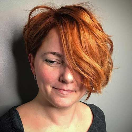 Short Haircuts for Wavy Hair-17
