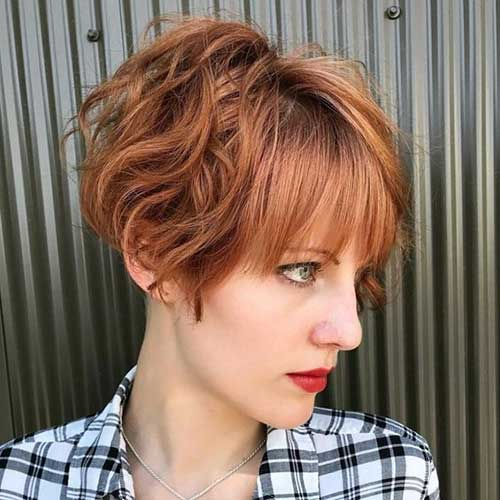 Short Haircuts for Wavy Hair-19