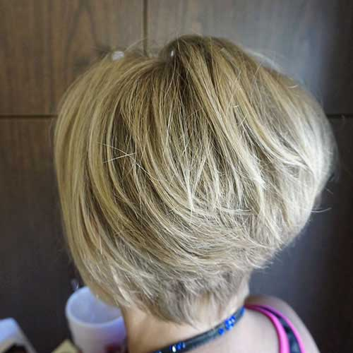 Short Layered Hair Styles For Women