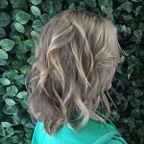 Short Layered Hair Cuts For Women