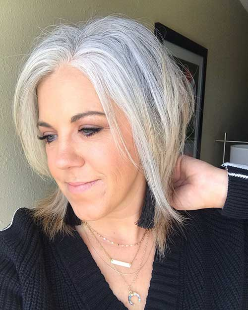 Hair Style For Mature Woman