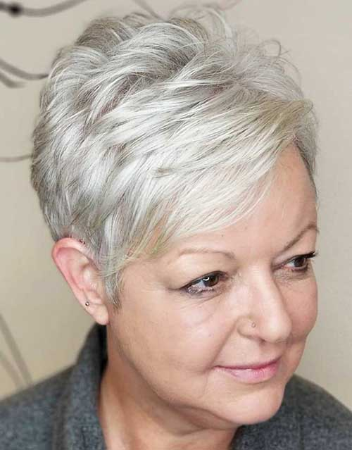 Short Hair Styles For Mature Women