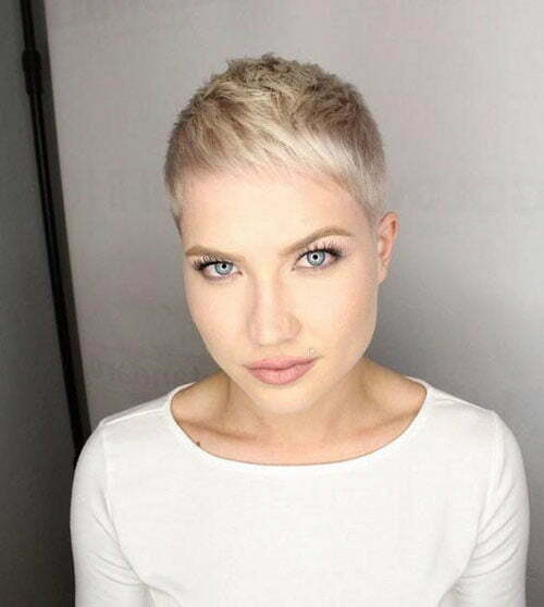 Wedding Hairstyle For Chubby Face: 25 Trendy And Chic Short Hairstyles For Chubby Faces