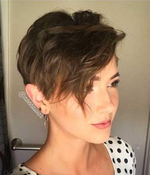 44. Short Haircut Bangs