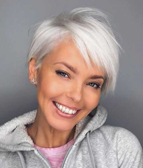 53. Short Haircut Older Women 2018