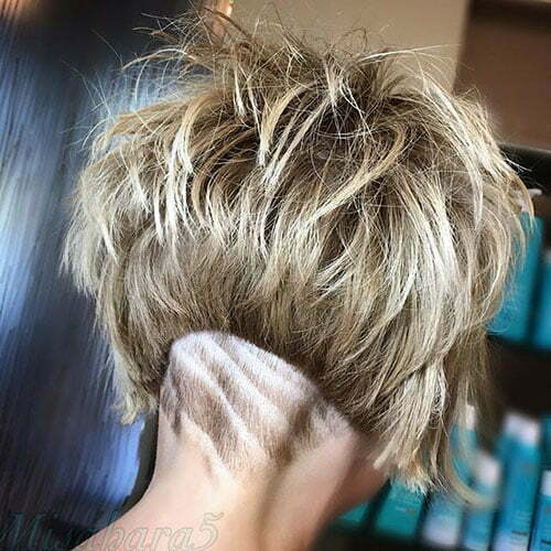 Messy Short Hair Style