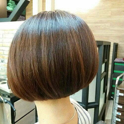 Short Hair Straight Hairstyles